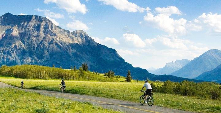 Ride through the mountains with Trek Travel on a bike tour through Glacier National Park