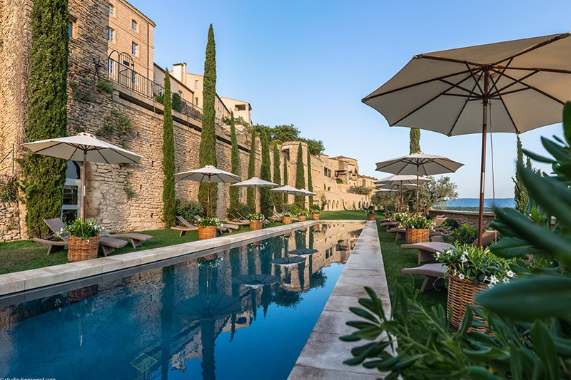 Stay at la Bastide de Gordes on a Provence luxury bike tour
